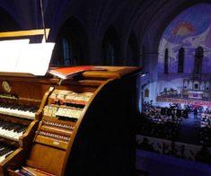 Онлайн-концерт для двух органов