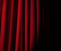 Онлайн-трансляция спектакля «Калигула»