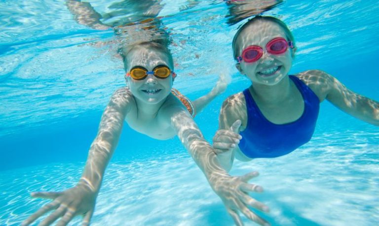 Вредна ли хлорка в бассейне беременным 32