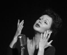 Спектакль «Счастливые поют» в Астане