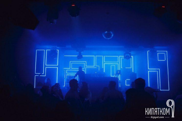 newton-club