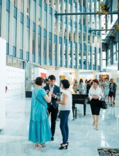 Выставка «Солнцеворот»