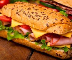 Где подают самые вкусные сэндвичи в Астане