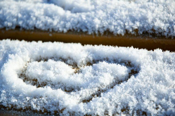 heart_snow_valentine_day_love_winter_symbol_white_valentine-1371165-jpg-d