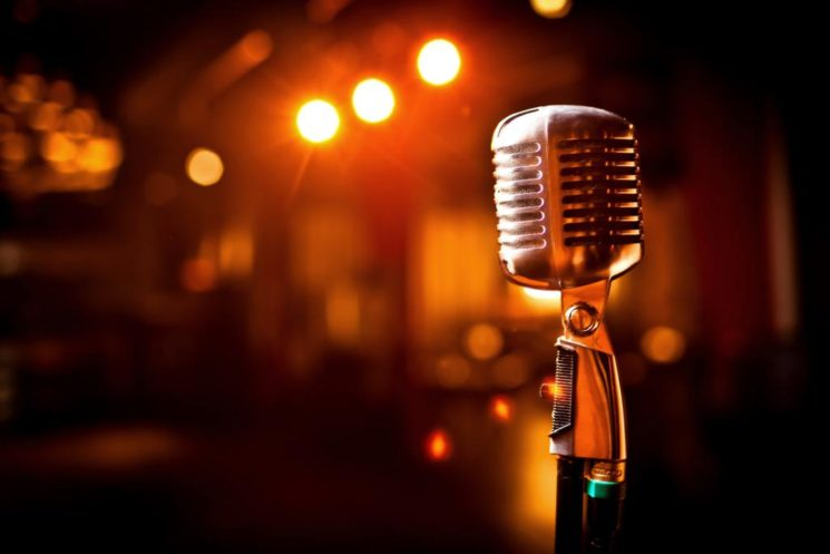 mikrofonn