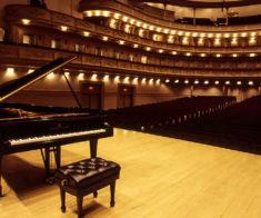 «Волшебство на клавишах двухцветных» (AstanaOpera)