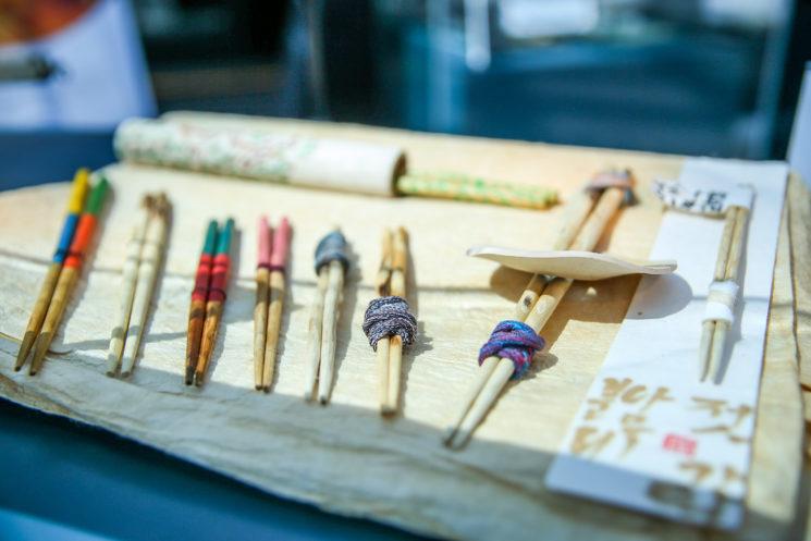 Выставка корейских палочек