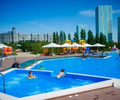 7 открытых бассейнов в Астане
