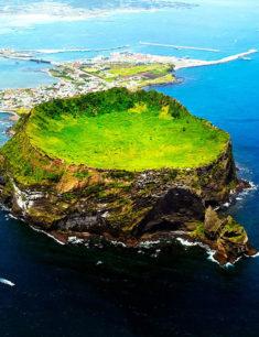 Фотовыставка посвященная острову Чеджу и культуре «Хэнё»