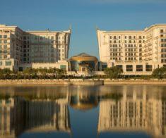 День карьеры в отеле The St. Regis Astana