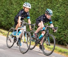 Соревнование по велосипедному спорту