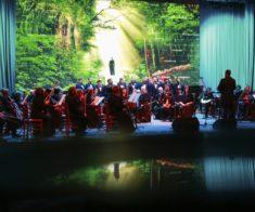 Литературно-музыкальная композиция «Несвятые святые»