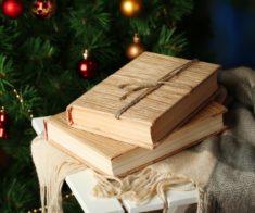 Новогодняя распродажа книг