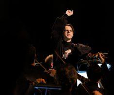 «Plan B»: Хор и оркестр MusicAeterna. Дирижер Теодор Курентзис