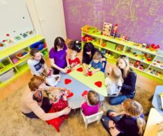 Детский клуб «KidsVillage»