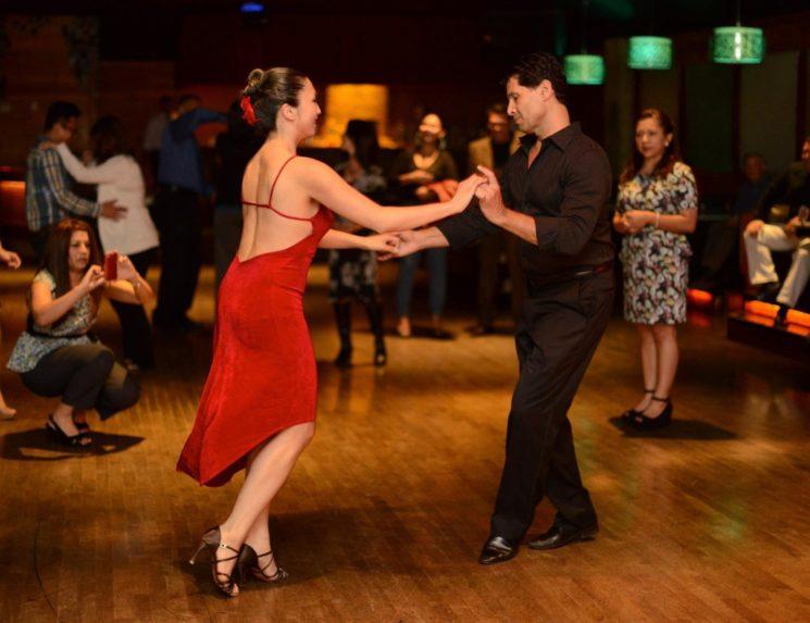 sexy-salsa-ballroom