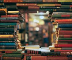 Давай почитаем! Книжные магазины Шымкента