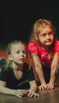 «Самый большой друг» (сказка) в театре кукол